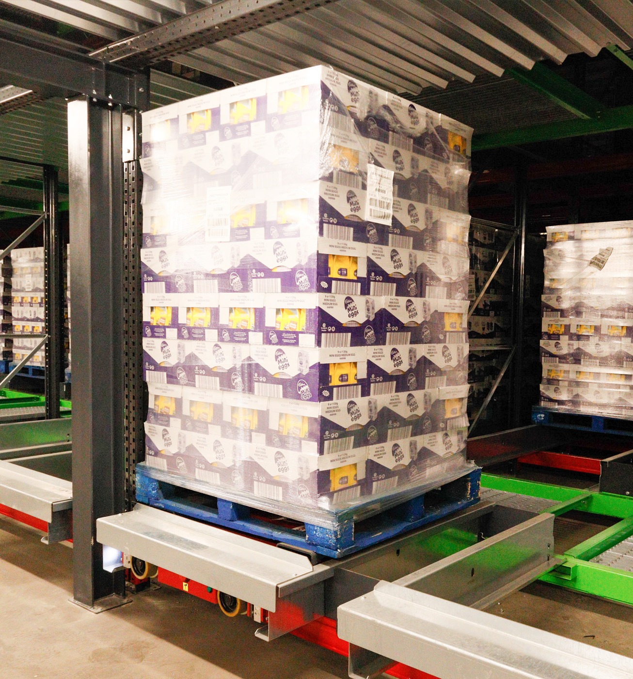 Moffett AS/R Taxi System for food and beverage cold storage
